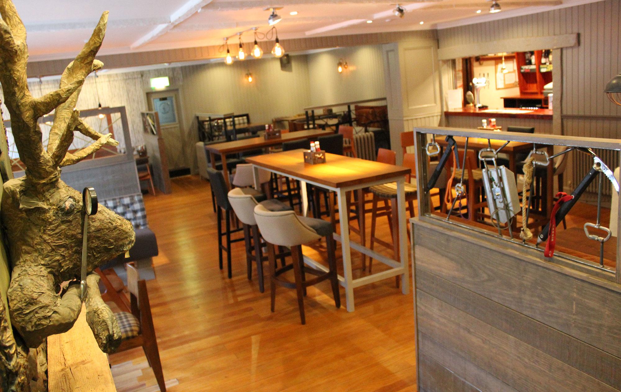 Bidean Lounge Bar